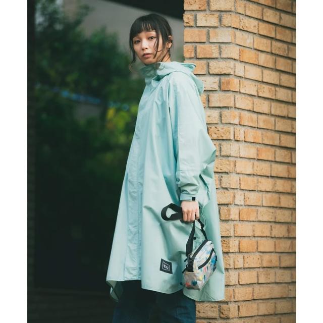 【KIU】成人空氣感有袖斗篷雨衣(163926 薄荷綠)