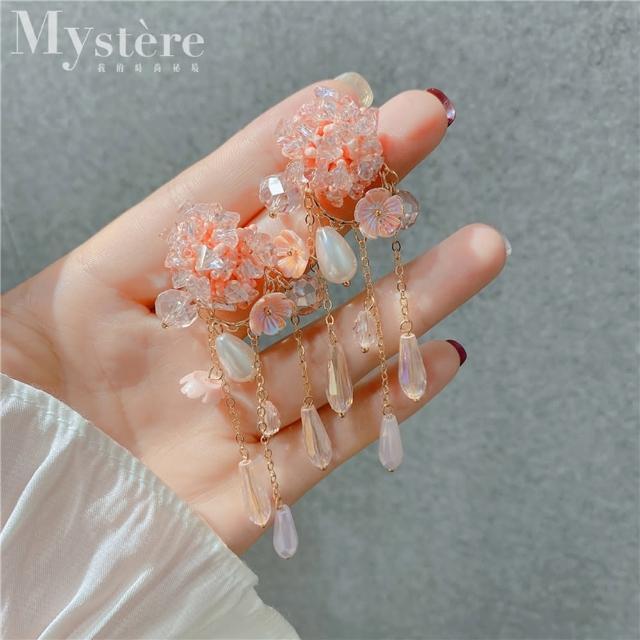 【my stere 我的時尚秘境】925銀針~韓版時尚粉色花朵水晶流蘇耳環(925銀針 花朵 水晶 垂墜 珍珠 流蘇)