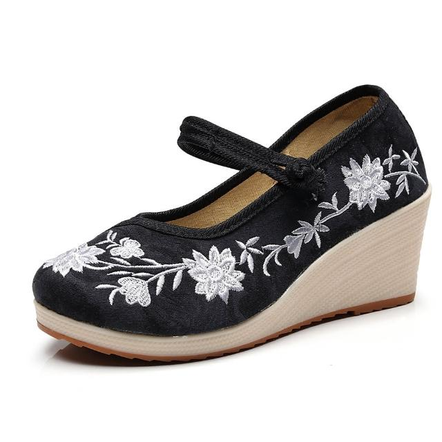 【Taroko】高雅蓮花繡花圓頭坡跟厚底淑女娃娃鞋(4色可選)