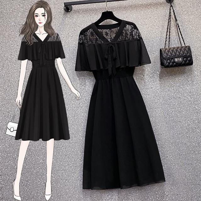 【KVOLL】時尚黑蕾絲透肩荷葉拼接高腰洋裝L-4XL