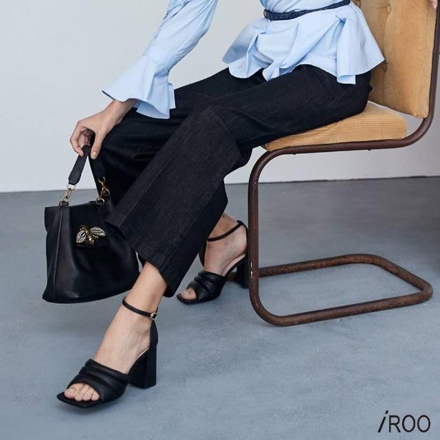 【iROO】原色黑牛仔寬褲