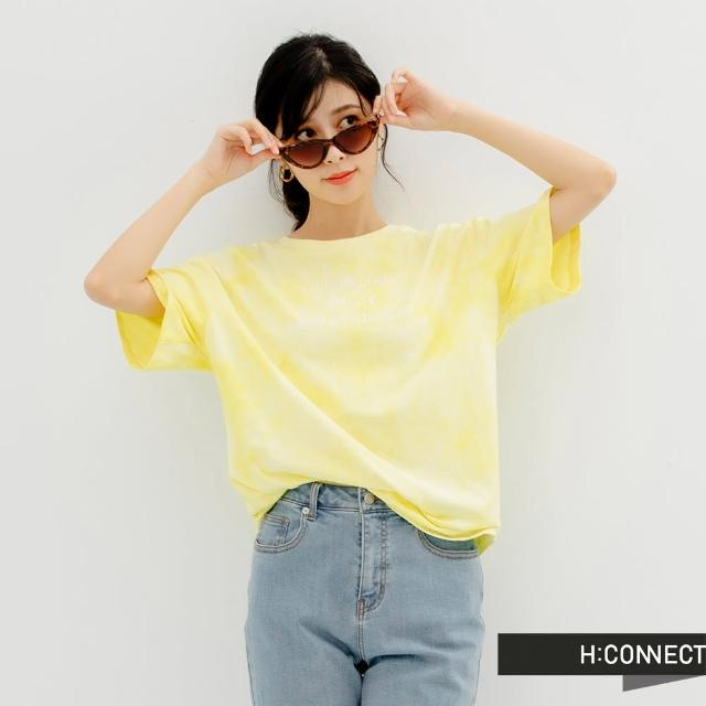 【H:CONNECT】韓國品牌 女裝 -英文字樣圖印寬版渲染T恤(淺黃色)