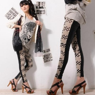 【Fairy Peri】超普怪怪少女幾何內搭褲(黑白)