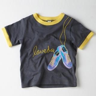 【艾唯多童裝】快速到貨-彩色跑鞋短袖T恤(灰3-11)
