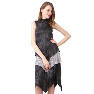 【玩美衣櫃】經典簡約黑灰無袖立領壓摺洋裝