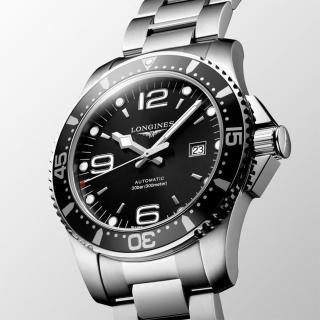 【LONGINES】浪琴 征服者300米潛水64小時動力儲存機械錶-黑/44mm(L38414566)