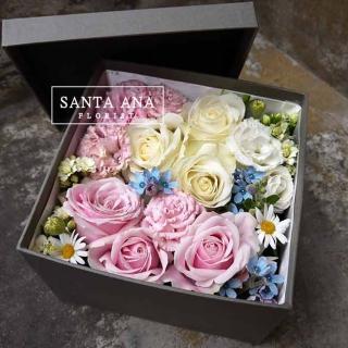 【Santa Ana】粉白玫瑰花盒(新鮮花材與高質感紙盒的組合)