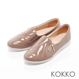 【KOKKO集團】城市漫步軟底漆皮休閒平底便鞋(藕粉)