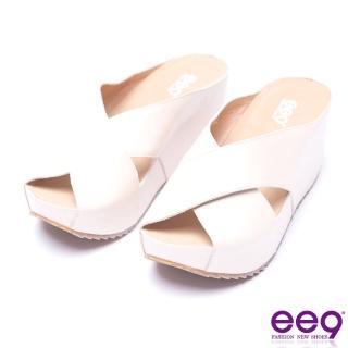 【ee9】ee9-率性風采交叉鏤空露趾楔形拖鞋-米色(楔形拖鞋)