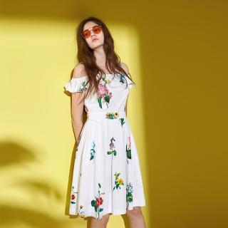 【ICHE 衣哲】浪漫夏日花卉印花肩帶一字領打摺洋裝-白