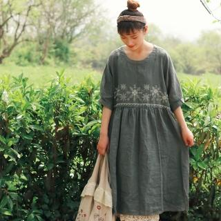 【A.Cheter】亞麻設計師款-復古雪花刺繡棉麻短袖洋裝102164*現貨+預購(2色)