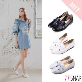 【TTSNAP】樂福鞋-MIT素色平滑光亮漆面休閒鞋(黑/白/灰)