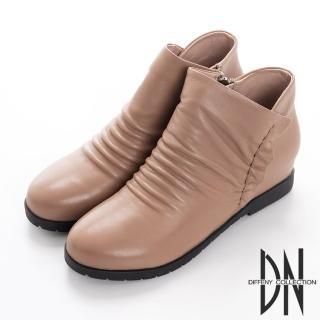 【DN】簡約俏麗 嚴選牛皮抓皺造型短靴(卡其)