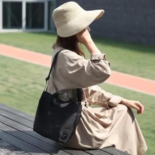 【E.City】韓版防潑水多口袋手提斜挎水桶包
