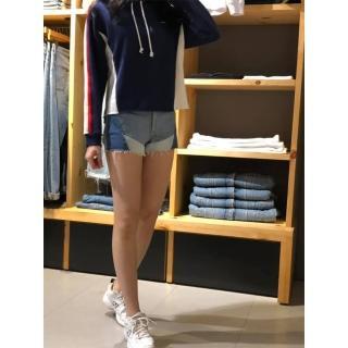 【LEVIS】女款 501 排釦牛仔短褲 / 幾何拼接 / 褲管不收邊