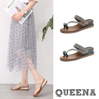 【QUEENA】兩穿法美鑽寶石趾環流線造型羅馬坡跟涼拖鞋(3色任選)