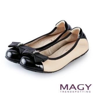 【MAGY】甜美舒適 蝴蝶結鬆緊帶牛皮娃娃鞋(裸色)