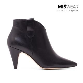 【MISWEAR】1.西班牙製造,原裝進口2.手工設計鞋款,嚴選真皮材質(Miswear 真皮尖頭高跟靴-黑色)