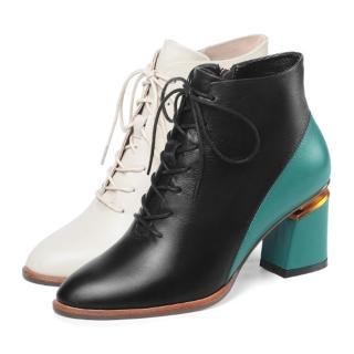 【JP Queen New York】時髦顯瘦全真牛皮金屬拼色尖頭粗跟短靴(4款可選)
