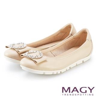 【MAGY】造型鑽飾鬆緊帶牛皮娃娃鞋(杏色)