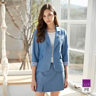 【ILEY 伊蕾】仿牛仔小花刺繡拼接七分袖西裝外套(藍)
