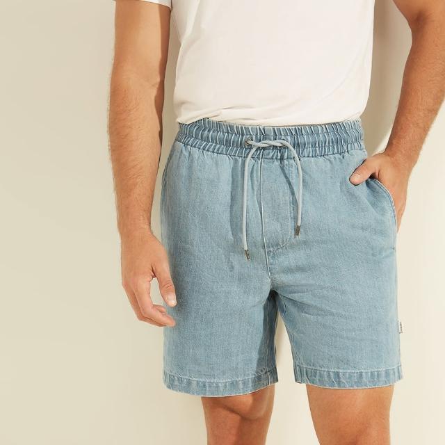 【GUESS】男裝-素面亞麻混訪牛仔短褲-淺藍(M1YA03R2MR0RISW)